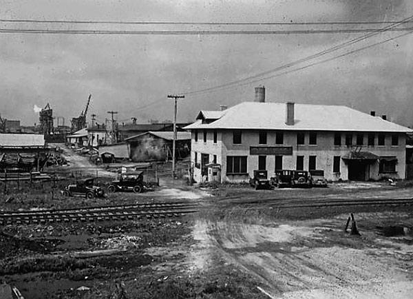 Old-Photo-of-Grant-Street